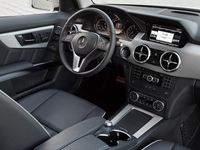 Mercedes benz glk class 2014 2015 for Interieur ml 2000